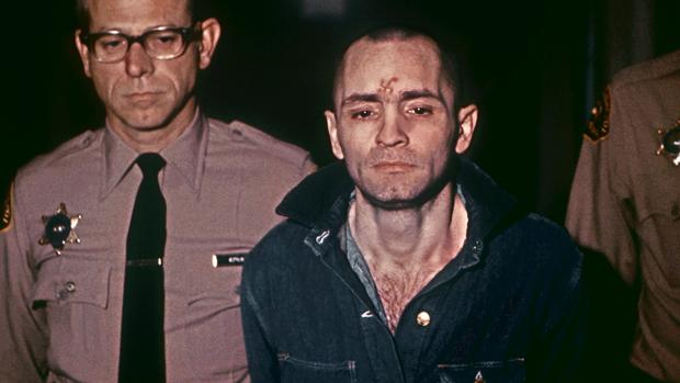 Charles Manson, fotografiado en 1971