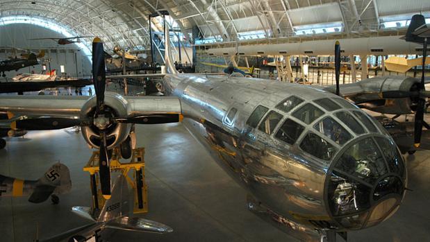 EL Enola Gay, que lanzó la bomba atómica sobre Hiroshima, recibe más de un millón de visitantes al año