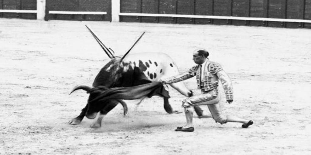 Rafael El Gallo, de las «ruinas del toreo» a las más puras esencias
