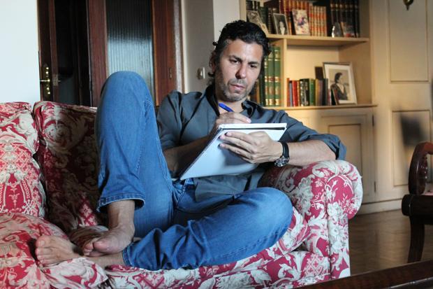 El escritor Jesús Soto de Paula, en un momento de inspiración