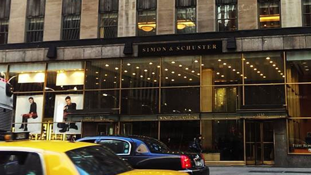 La compra alemana de Simon & Schuster crea un gigante editorial transatlántico