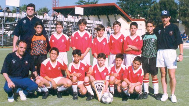 El equipo alevín del Albacete Balompié que participó en el torneo de Brunete celebrado en 1996