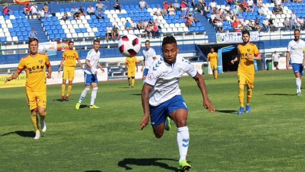 Partido entre el Marbella y el UCAM de Murcia, dos de los equipos clasifiados