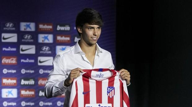 Joao Félix en su presentación como jugador del Atlético