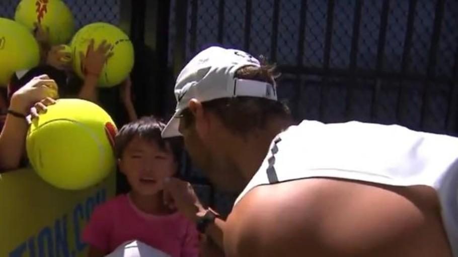 El gesto de Nadal con un niño que conmueve al mundo del tenis