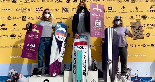 The women's podium of the Cutty Sark FKSS 2021 Mallorca