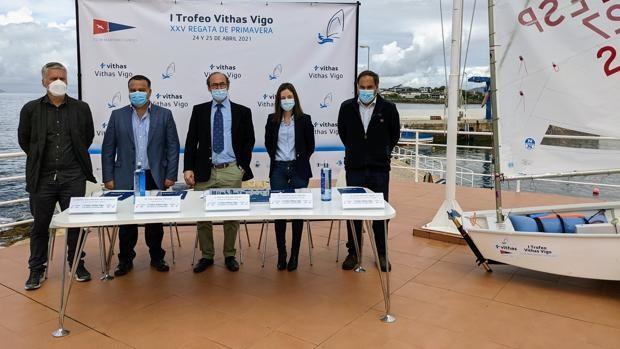 Nace el Trofeo Vithas Vigo con el ánimo de convertirse en un referente de la vela base