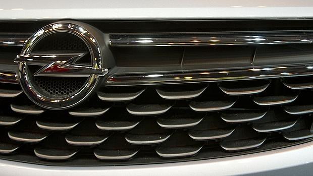Opel, bajo la sospecha de haber manipulado también emisiones