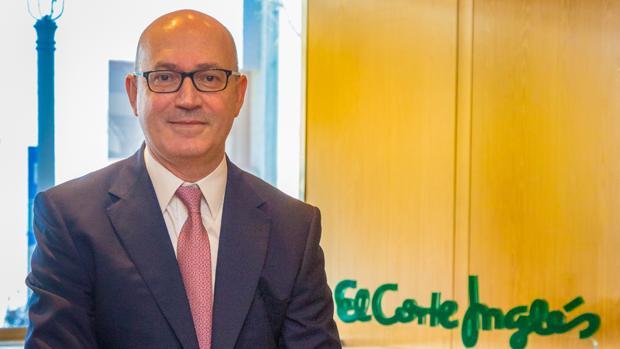 Jesús Nuño de la Rosa es director de Viajes El Corte Inglés desde hace casi veinte años