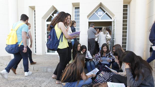 La decisión sobre la carrera universitaria puede marcar el futuro profesional