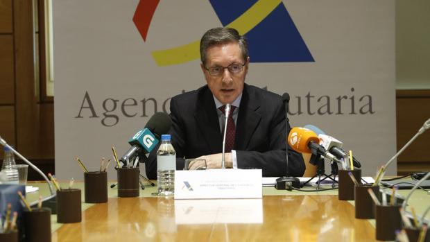Agencia Tributaria Calendario 2020.La Agencia Tributaria Ofrece Un Plus Por Resultados A Sus