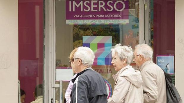 El Imserso organiza los viajes para los mayores
