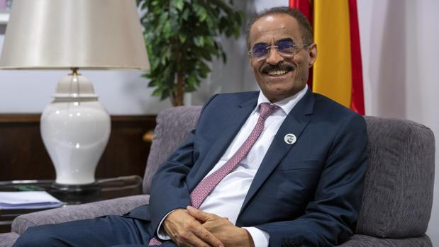 El ministro de Desarrollo de Infraestructuras de Emiratos Árabes Unidos (EAU), Abdulla Bilhaif Al-Nuaimi, durante la entrevista con ABC