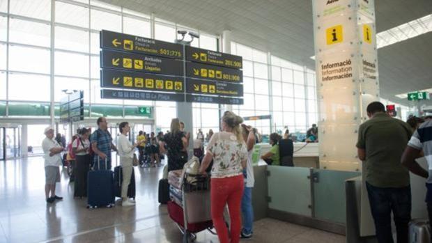El Prat de Barcelona es uno de los aeropuertos más transitados en verano