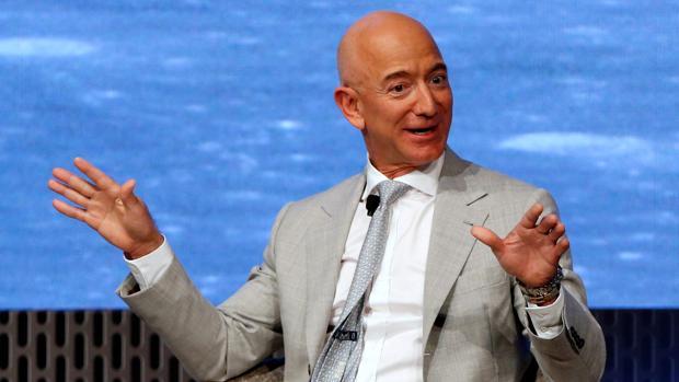 El fundador de Amazon, Jeff Bezos, perdió en un solo día 3.400 millones de dólares por la devaluación del yuan y su incidencia en los índices bursátiles