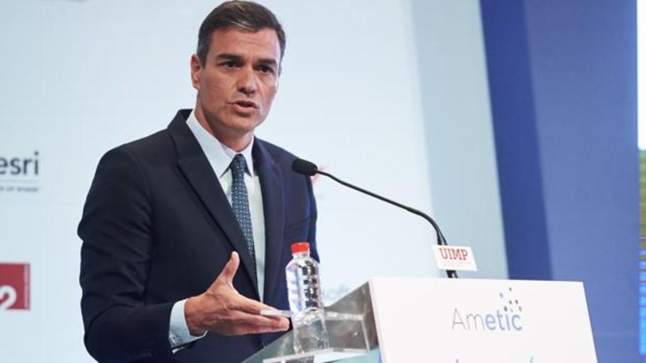 Sánchez propone construir un«nuevo modelo fiscal» en torno a los datos