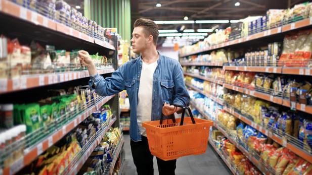 Todo lo que deben incluir las etiquetas del supermercado para evitar engaños al consumidor