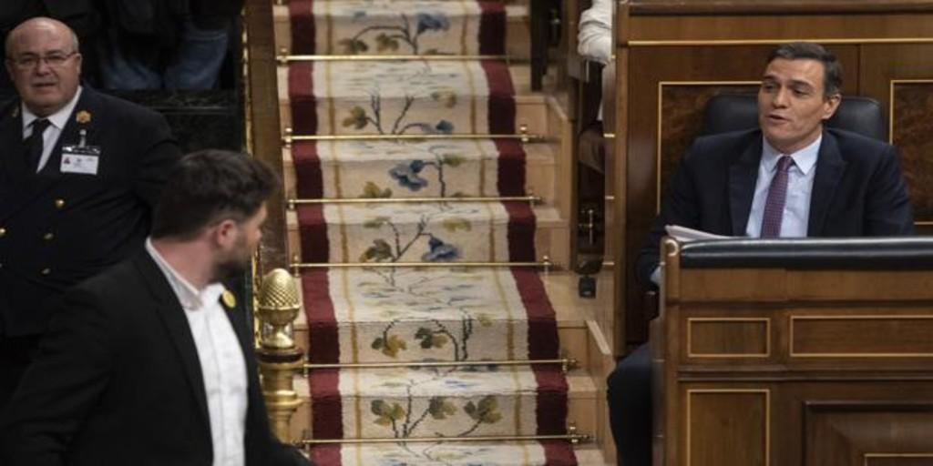 Sánchez pacta con los independentistas catalanes subir los impuestos a Madrid
