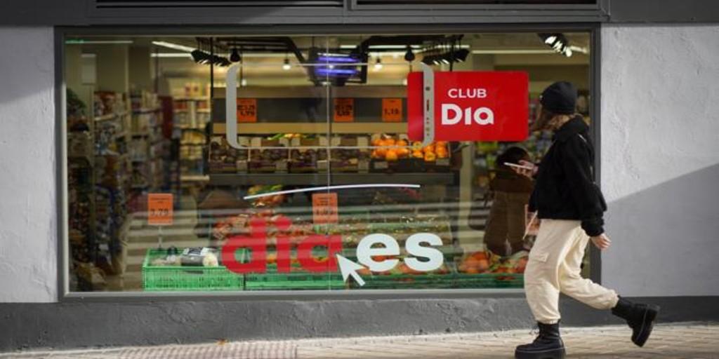 Dia reduce sus pérdidas a la mitad, hasta los -363,8 millones de euros