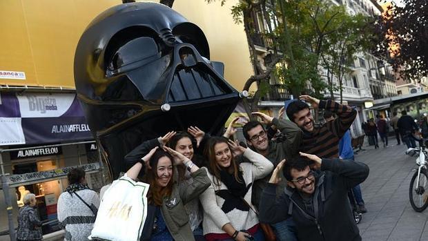 La réplica de Darth Vader, sin casco