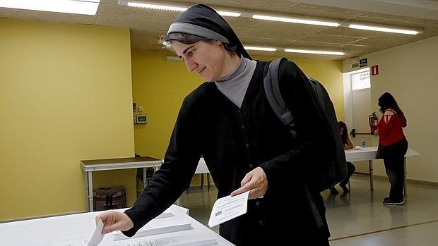 Teresa Forcades ha encabezado la firma del manifiesto