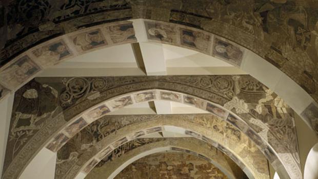 Pinturas murales del Monasterio de Sijena (Huesca) depositadas y exhibidas en el barcelonés MNAC