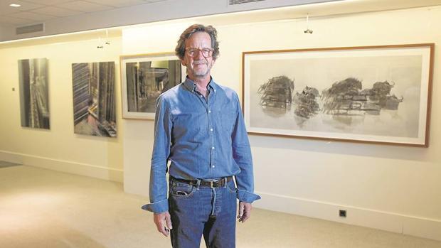 Alfonso Zubiaga en la presentación de la exposición