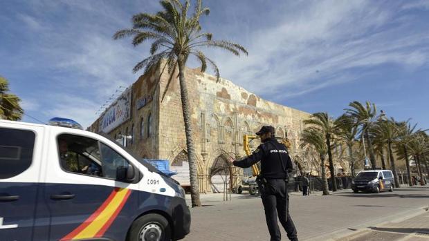 La Policía ha realizado un registro en el Mega Park, en la Playa de Palma, este martes