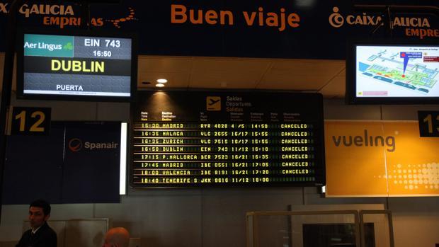 Desconvocada La Huelga En El Aeropuerto De La Coruna Tras Un Acuerdo