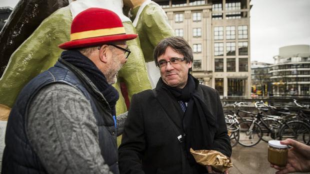 Carles Puigdemont, de turismo en Gante