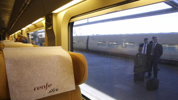 Tren AVE de Madrid-Castellón en su viaje inaugural