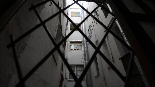 Patio interior del edificio de Argumosa, 11