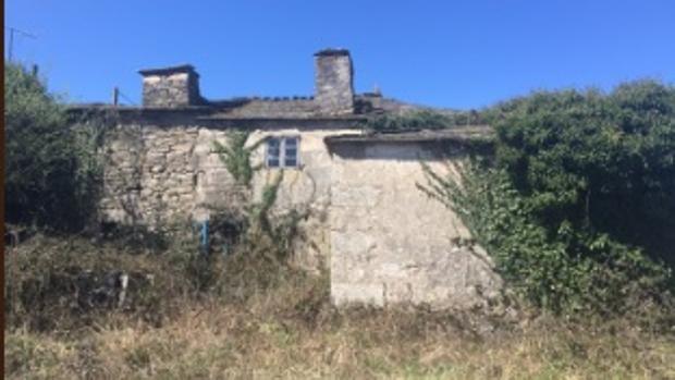 Imagen de una aldea en venta en Lugo, por 30.000 euros