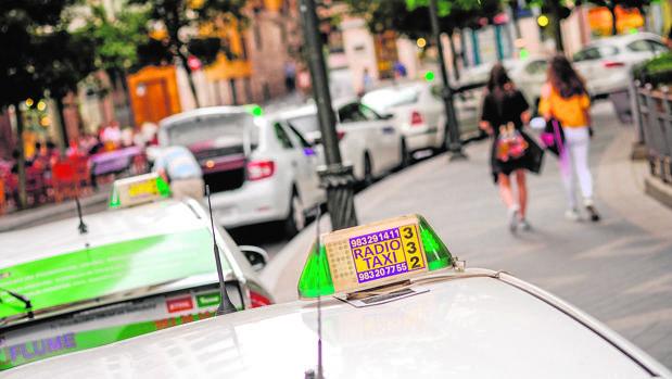 Una parada de taxis en la ciudad de Valladolid