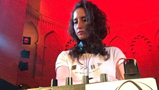 Alba Dj en una de sus noches pinchando en el Círculo