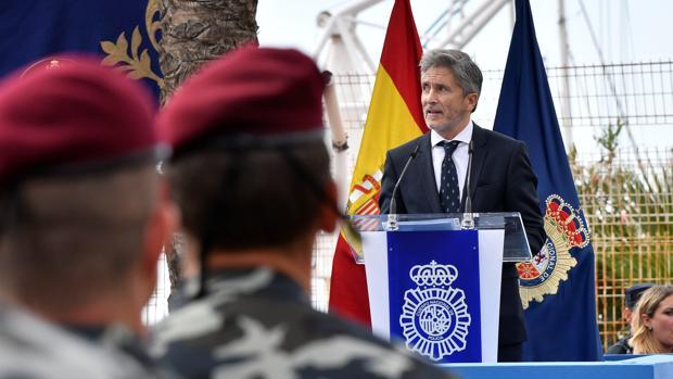 El ministro de Interior Fernando Grande-Marlaska, durante los actos del día Nacional de la Policía celebrado en Almería