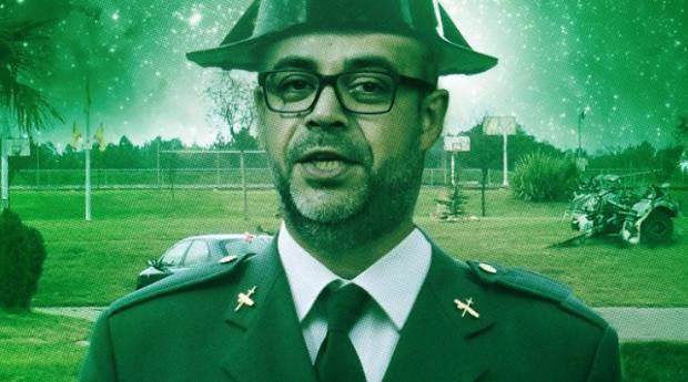 El consejero de Interior, Miquel Buch, vestido de agente de la Guardia Civil