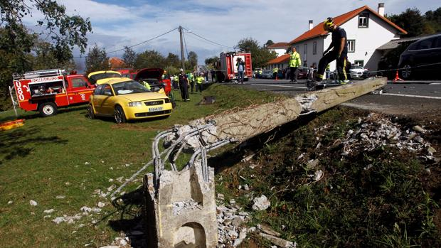 Imagen posterior al accidente en el que tres jóvenes perdieron la vida