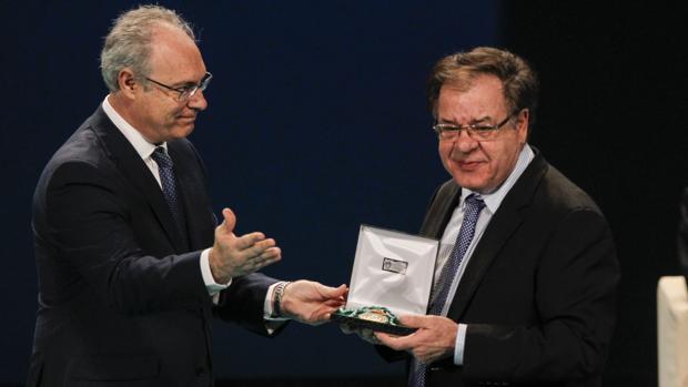Miguel Rodríguez Domínguez recibió hace meses la medalla de Andalucía