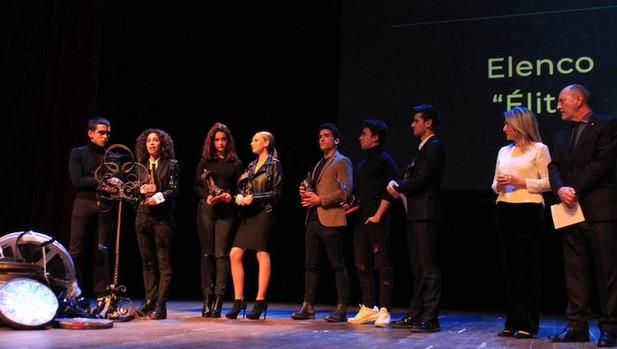 El elenco de «Élite« recogiió el premio «Orden de Toledo»