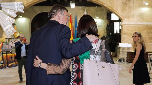 Ximo Puig y Carmen Montón, durante una reunión tras ser nombrada ministra de Sanidad