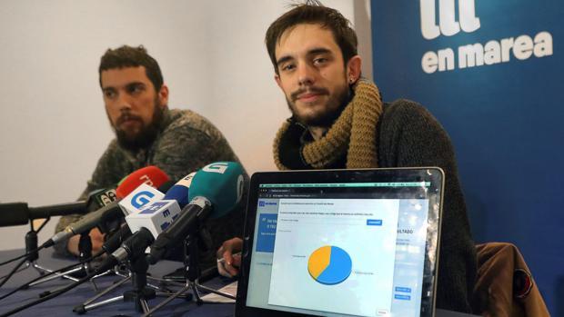 El portavoz del comité electoral, Daniel Conde, en la proclamación provisional de resultados