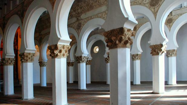 Interior de la sinagoga toledana, construida en 1180