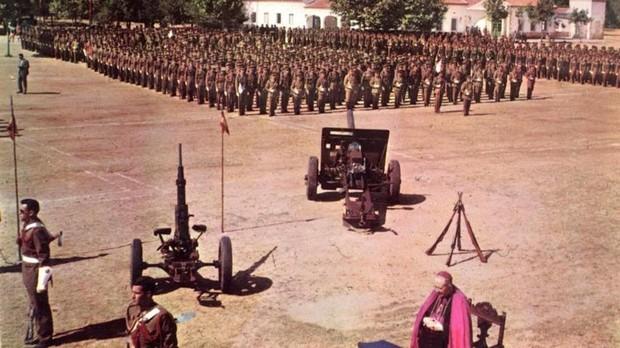 Jura de Bandera en el campamento zamorano en 1980