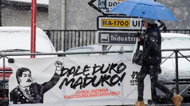Pancarta en Leiza (Navarra)