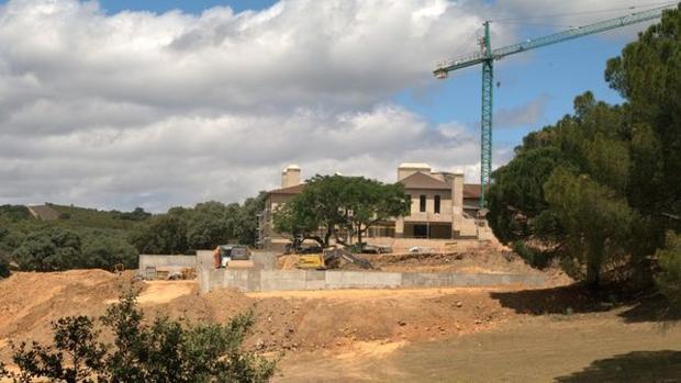 Vivienda de la familia Aznar-Oriol dentro del Parque Nacional, cuyas obras se hicieron sin permiso