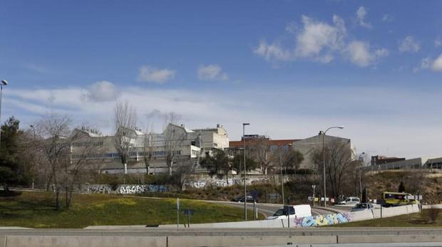 La antigua fábrica de Clesa, todavía sin uso, que será destinada a crear la «ciudad de la Medicina»