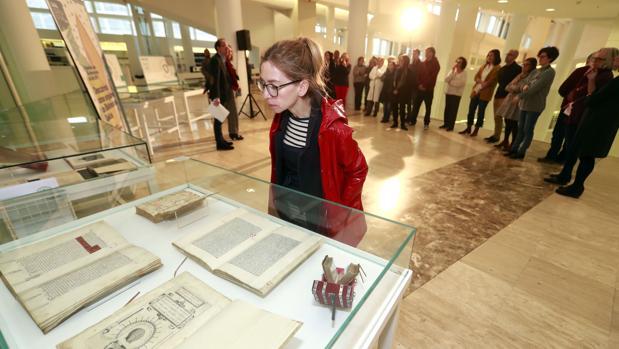 Inauguración de la exposición «Descubriendo las obras singulares de la Biblioteca de Galicia»