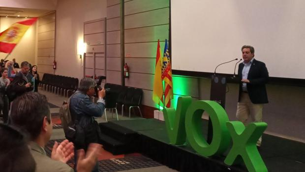 José María Llanos, en su comparecencia en el Hotel Meliá de Valencia tras conocer el resultado de las elecciones autonómicas valencianas 2019