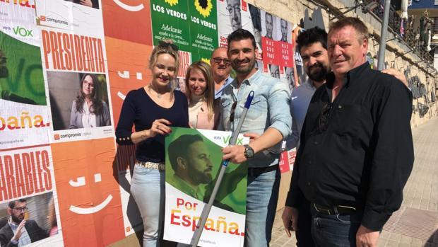 El hasta ahora candidato de Vox en Benidorm para las municipales, en la campaña de las generales